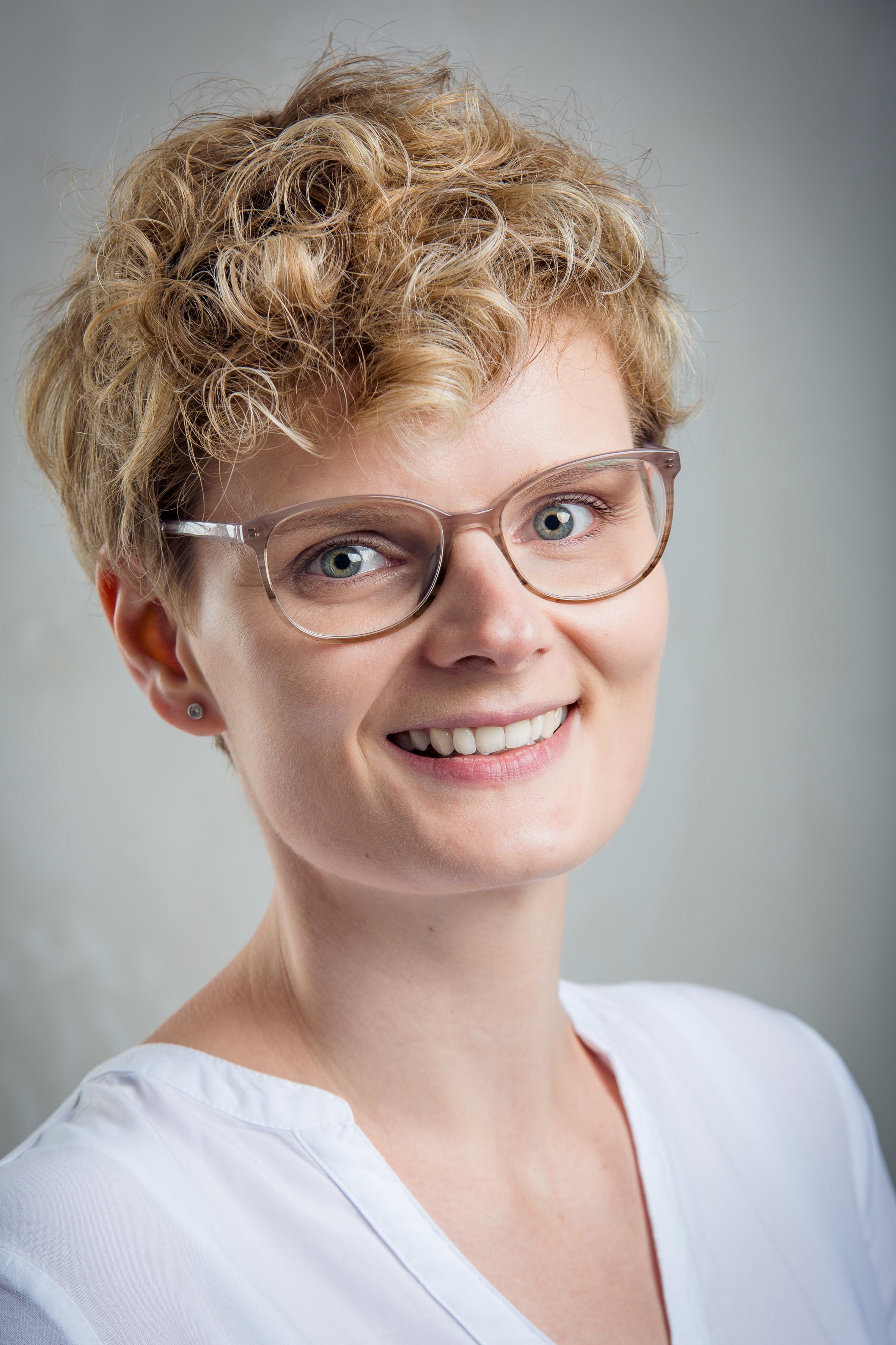 https://augenlicht.clinic/wp-content/uploads/2019/11/Klamann_Katharina.jpg